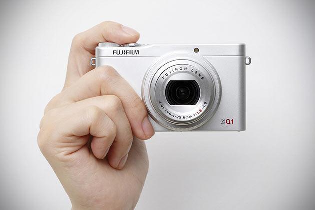 05-Fujifilm-XQ1