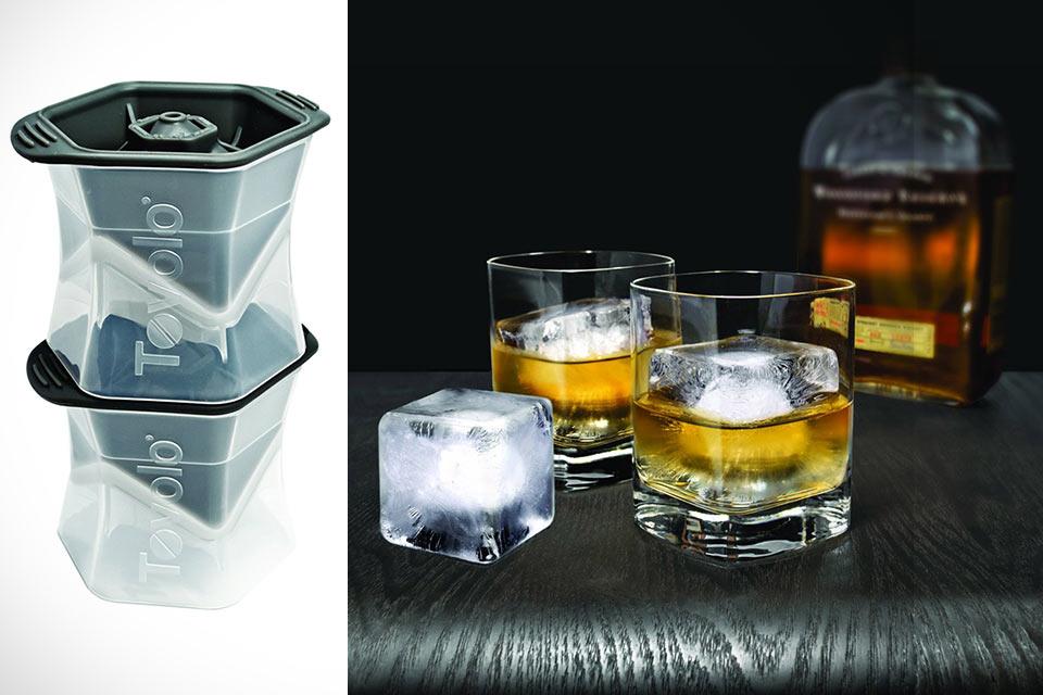 Форма Colossal Ice Cube Molds для создания гигантских кубиков льда