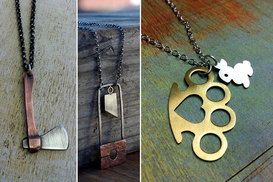 Миниатюрное оружие-украшение Arrok's Weapons Jewelry на цепочке