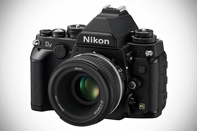 01-Nikon-Df