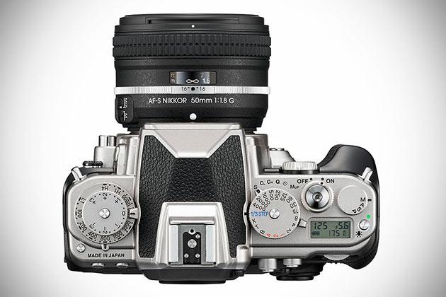 06-Nikon-Df