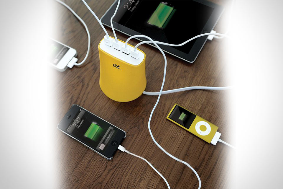 ЗУ Jelly для зарядки четырех гаджетов одновременно