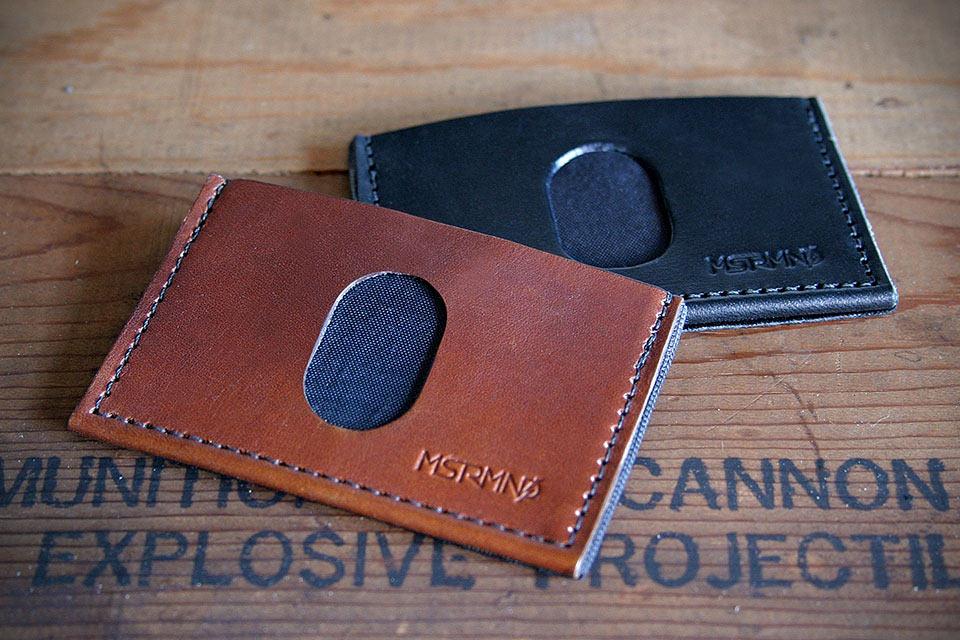 Вместительный минималистичный кошелек SLIMplistic