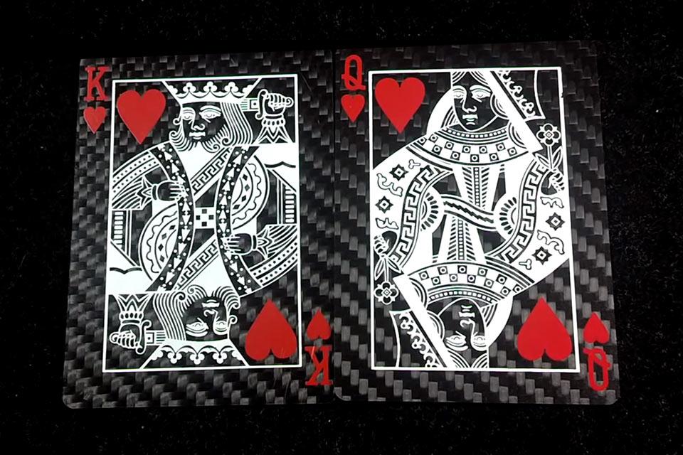 Игральные карты из углеродного волокна