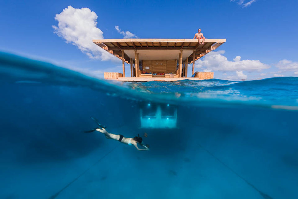 Подводные апартаменты отеля Manta Resort на Занзибаре