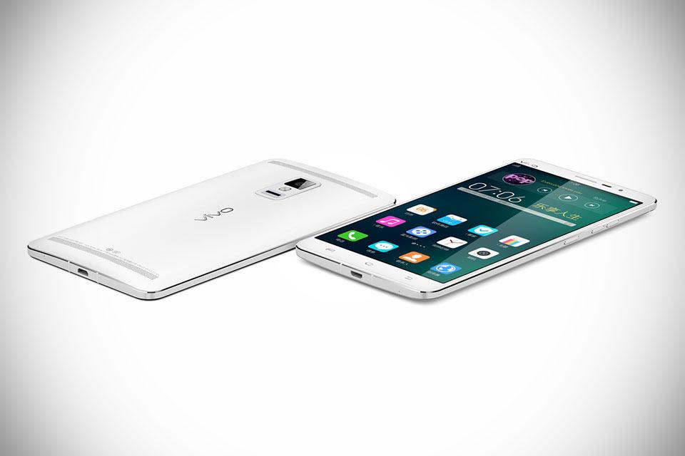 Мегасмартфон Vivo Xplay 3S с 6-дюймовым 2K-дисплеем