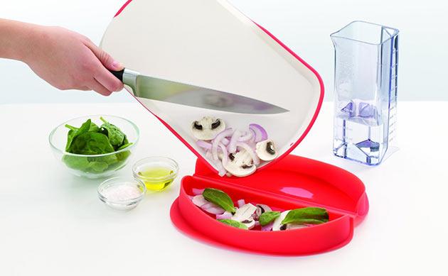 02-Microwave-Omelette-Maker