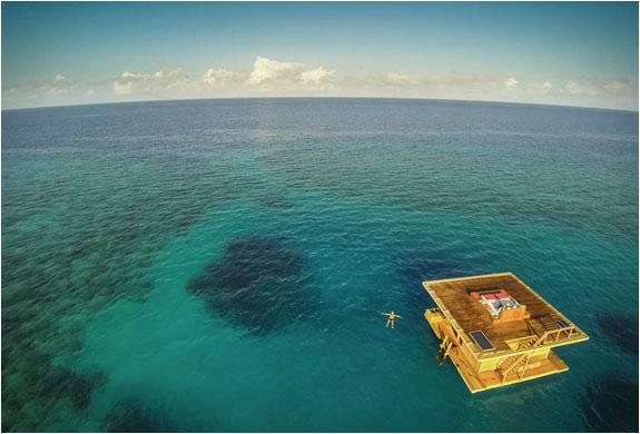 04-Manta-Underwater-Room