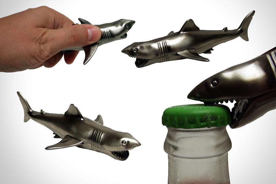 Коллекционная открывашка-акула Jaws