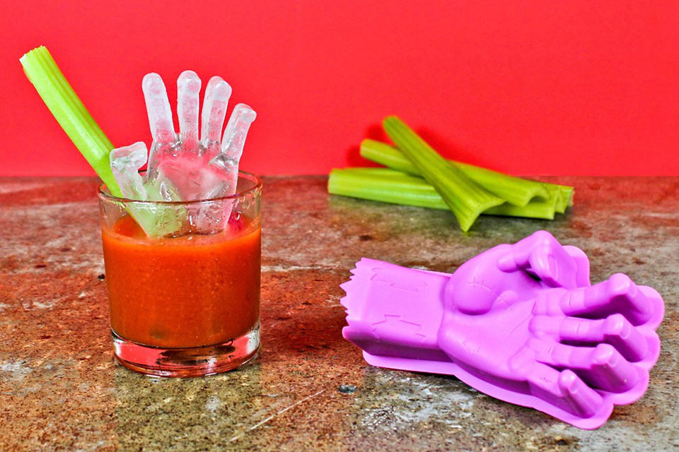 01-3D-Zombie-Hand