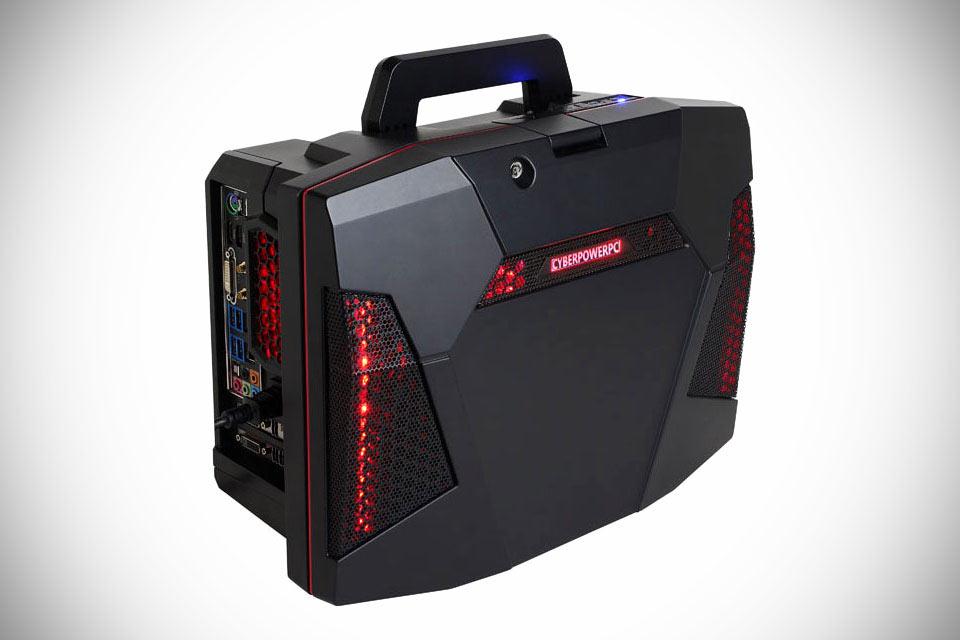 Компактный игровой компьютер CyberPowerPC Fang Battle Box в формате чемодана