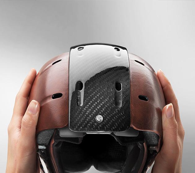 02-Carrera-Foldable-Snow-Helmet