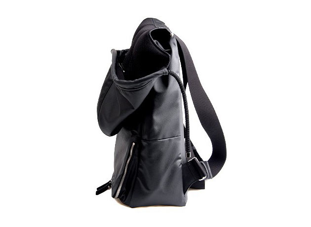 02-Hooded-Backpack