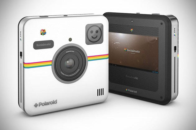 02-Polaroid-Socialmatic