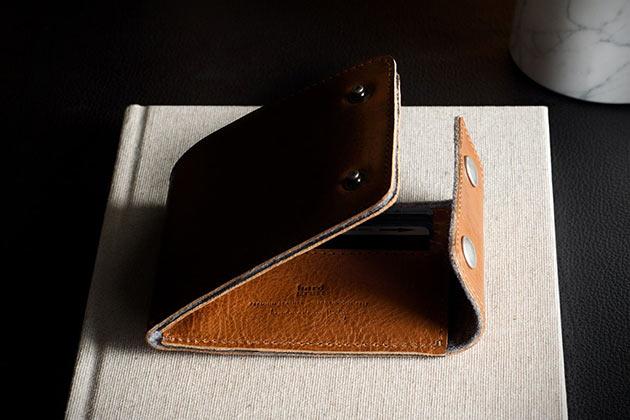 04-Hard-Graft-Snap-Wallet