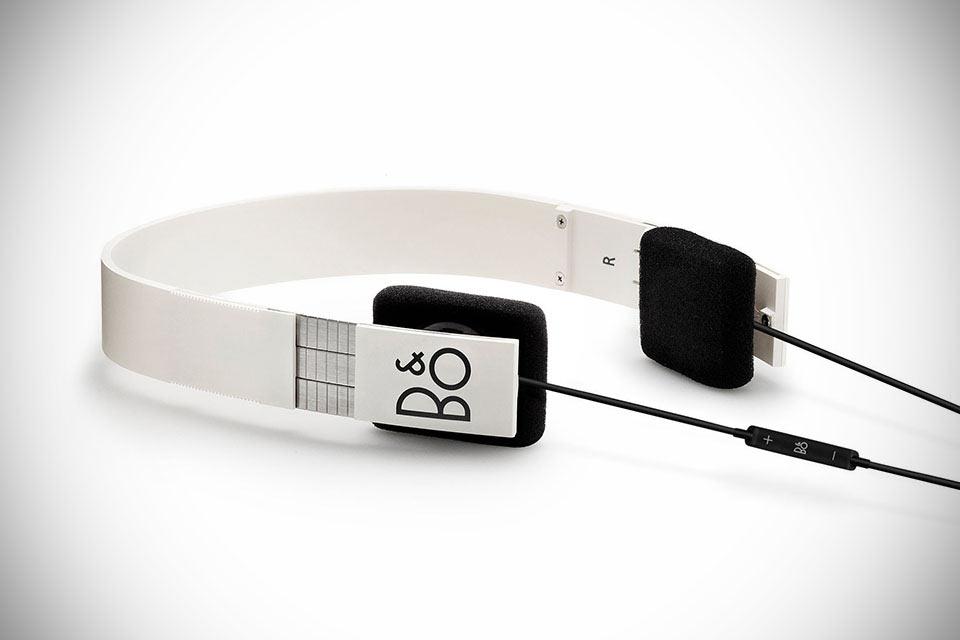 Обновленные наушники-ветераны  B&O Play Form 2i