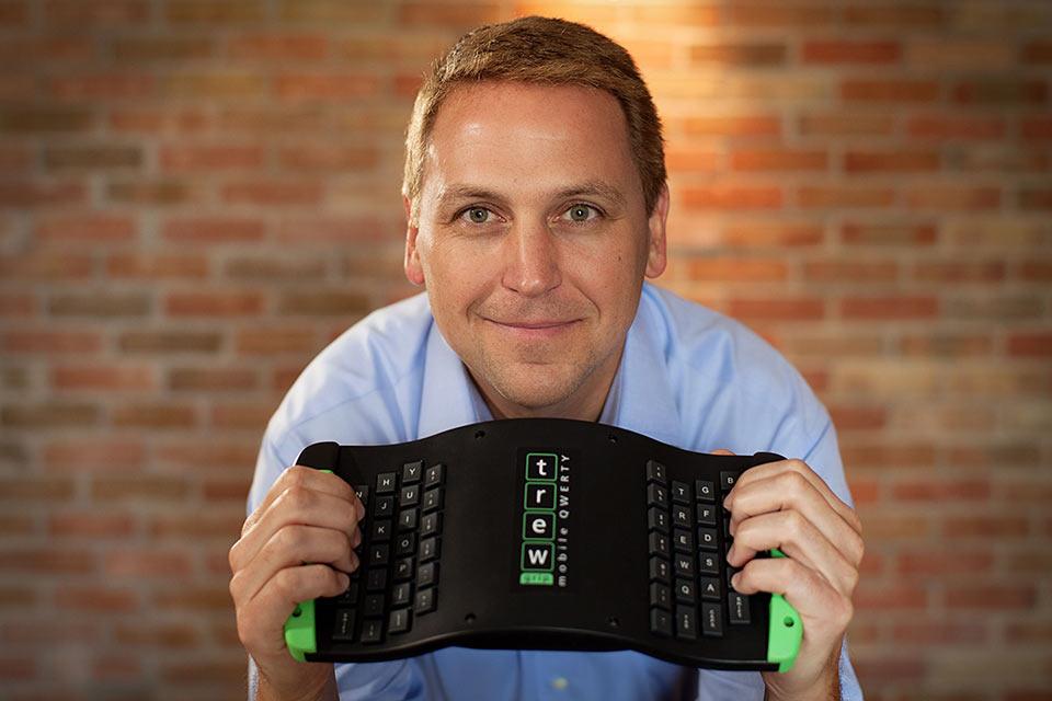 Мобильная клавиатура баяниста TREWGrip