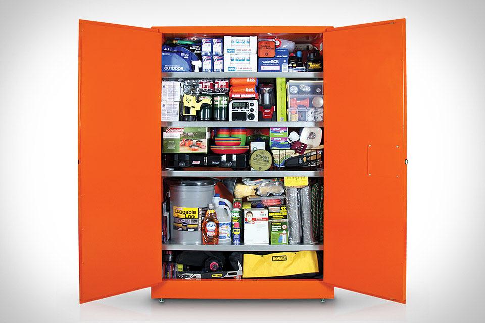 Меганабор Wolfram Survival Cabinet на случай апокалипсиса
