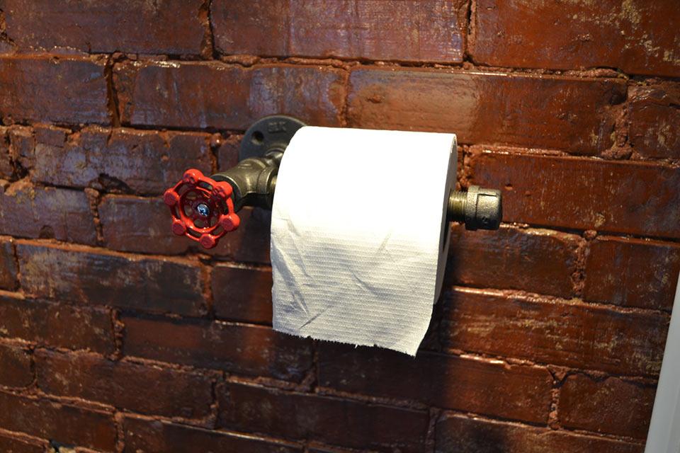 «Промышленный» держатель для туалетной бумаги Industrial Steel Pipe Toilet Paper Holder