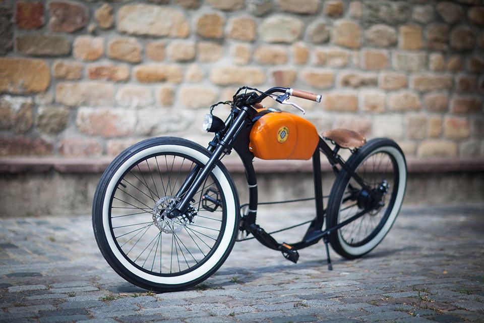 Электробайк OtoR в стиле ретро мотоциклов