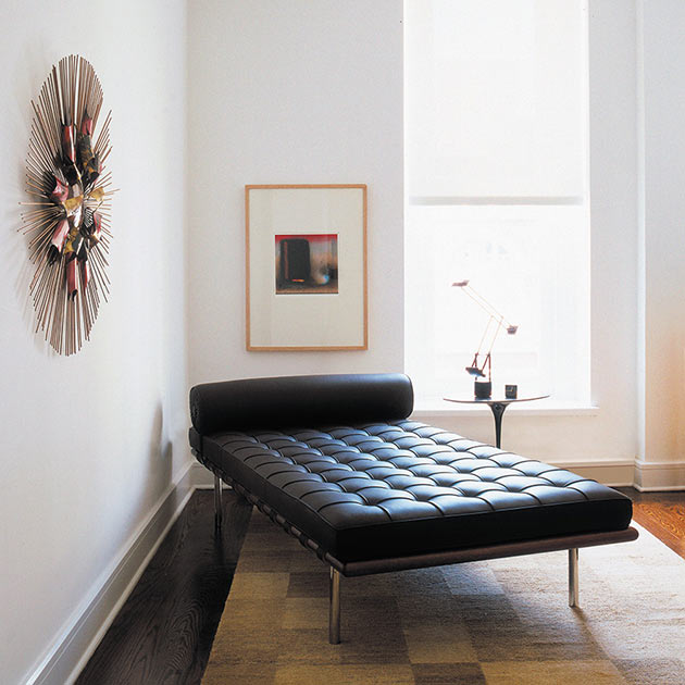 04-Barcelona-Couch