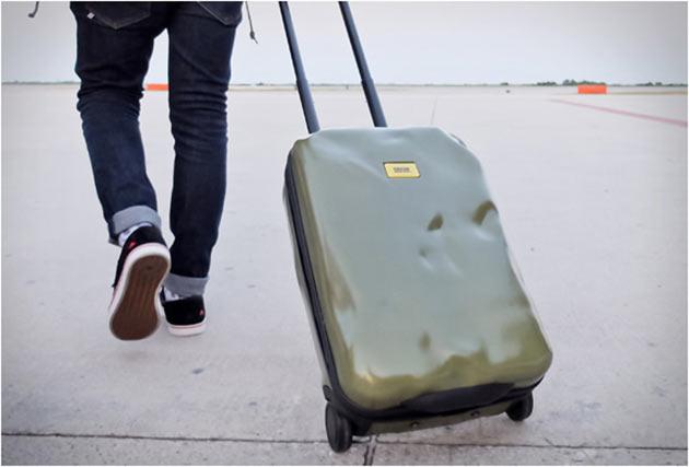 06-Crash-baggage