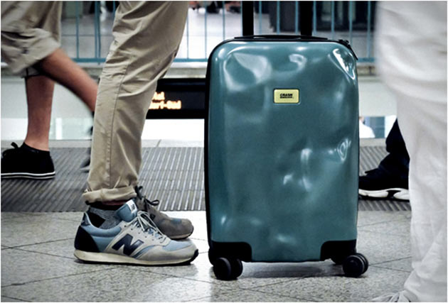 07-Crash-baggage