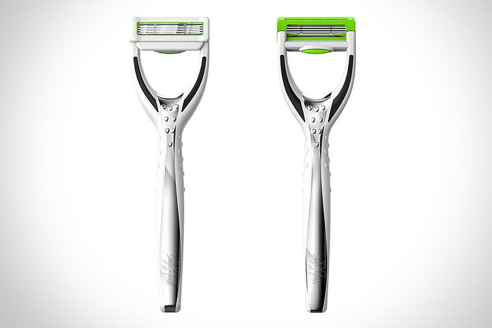 Бритвенный станок King of Shaves Hyperglide, который работает без пены и геля