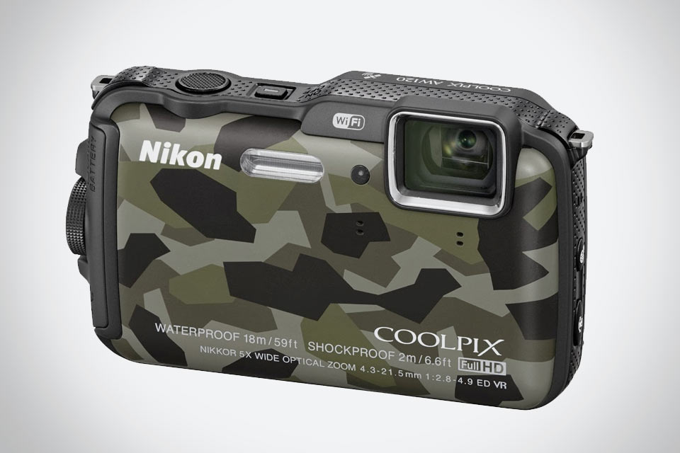 Экстремальная «мыльница» Nikon Coolpix AW 120