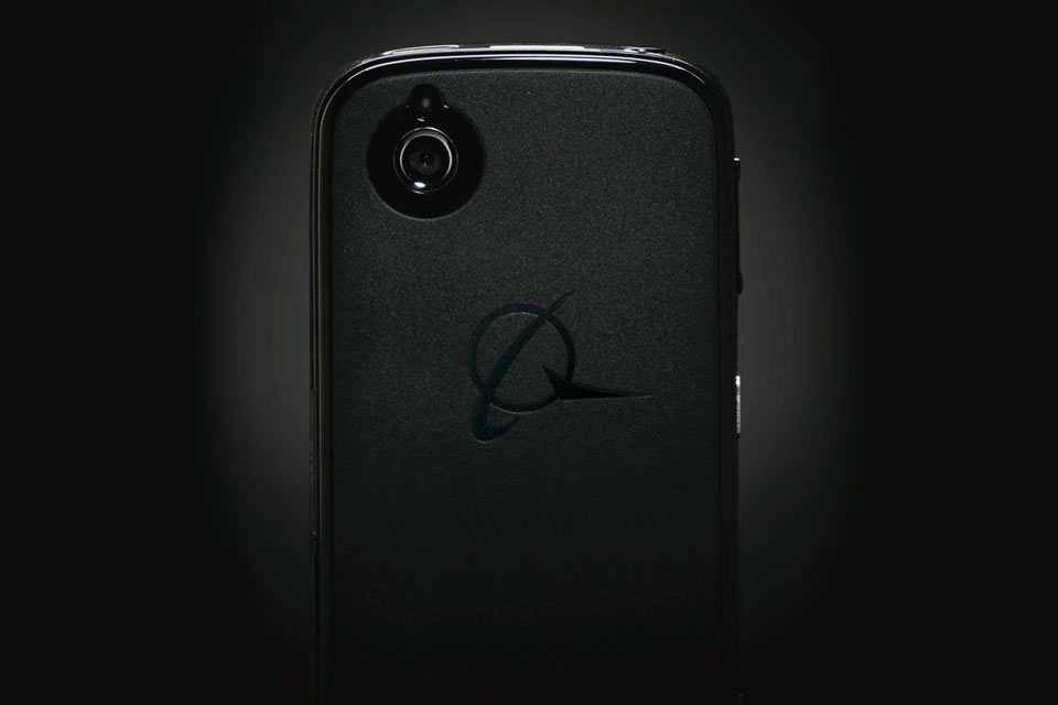 01-Boeing-Black-Phone