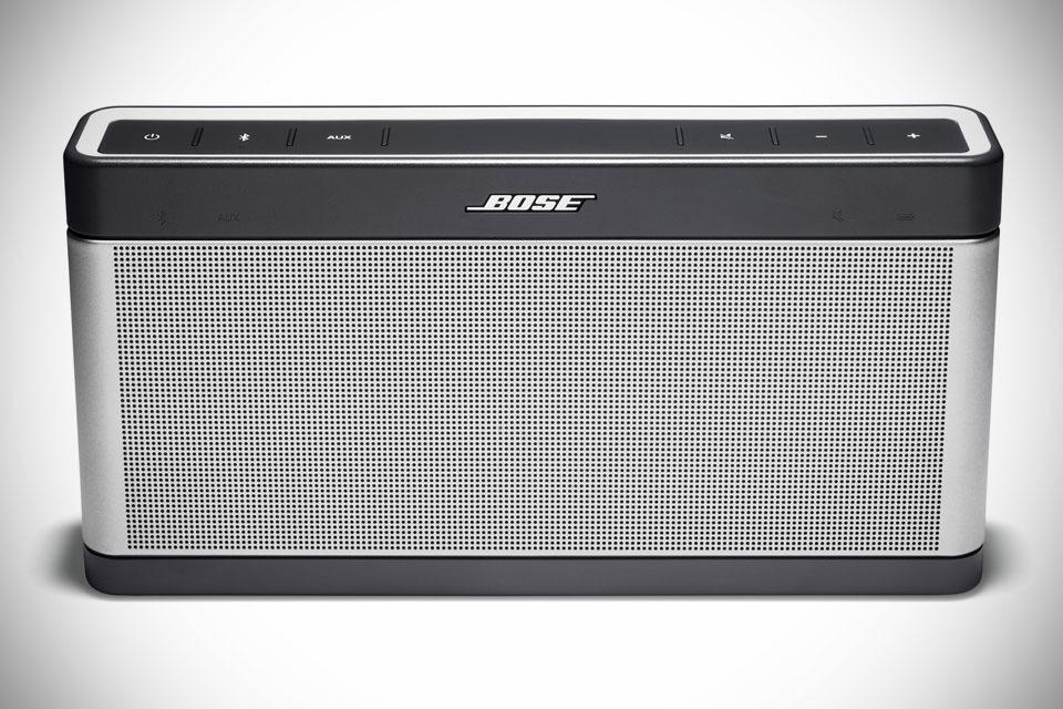 Мощная Bluetooth-акустика Bose SoundLink III