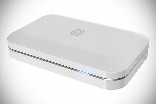 02-PhoneSoap-Charger
