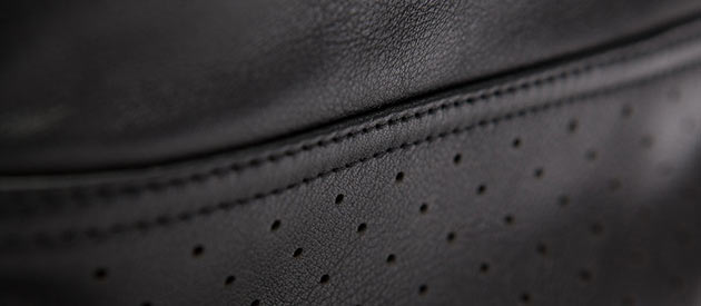 03-Rapha-Leather-Race-Bag