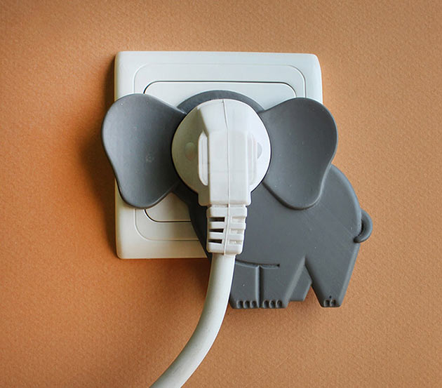 04-Elephant-in-The-Room-Plug