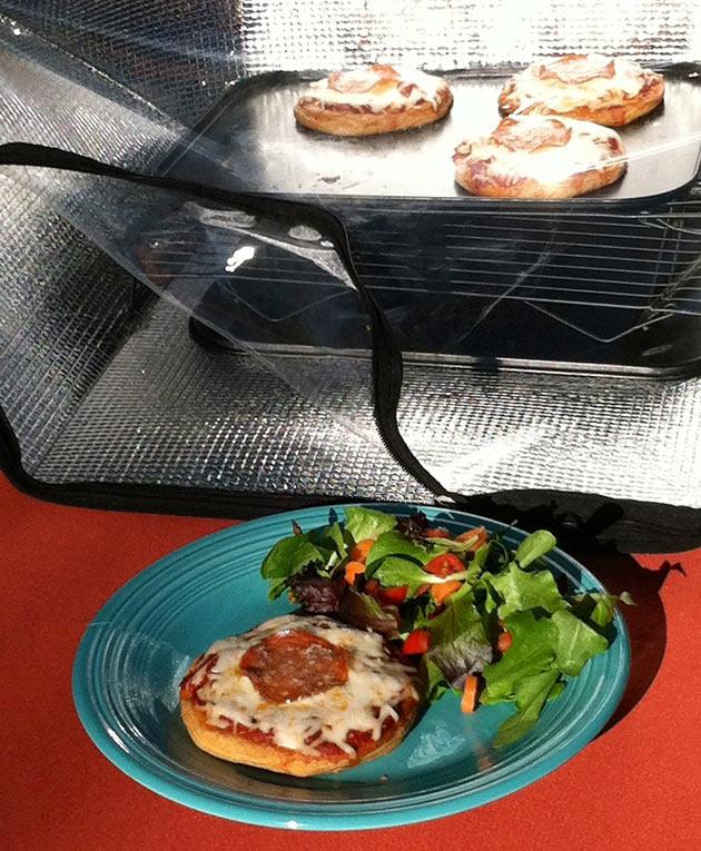 04-Sunflair-Portable-Solar-Oven