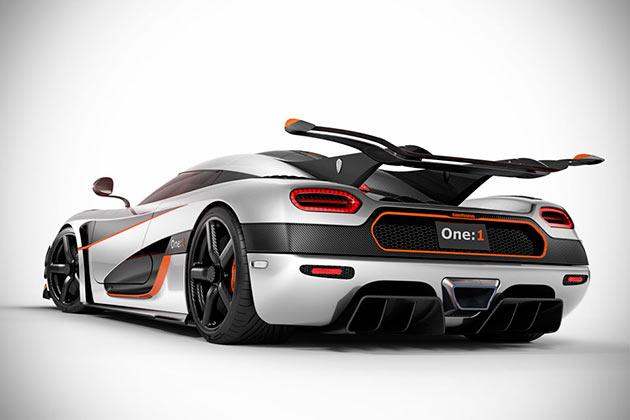 05-Koenigsegg-Agera-One