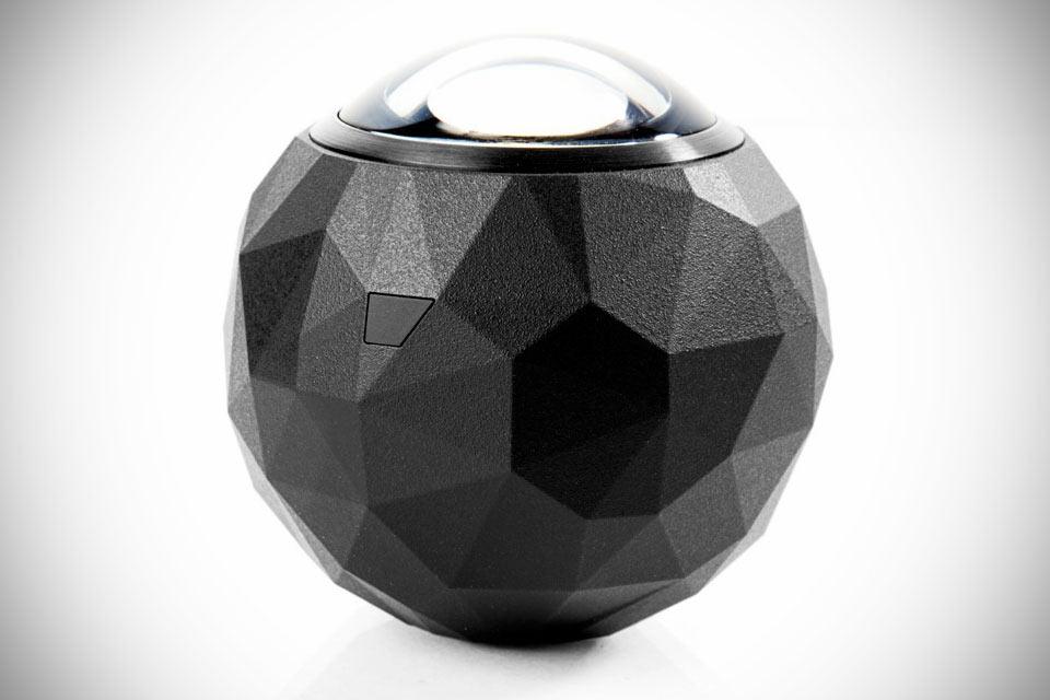 Видеокамера 360Fly с 360-градусным обзором