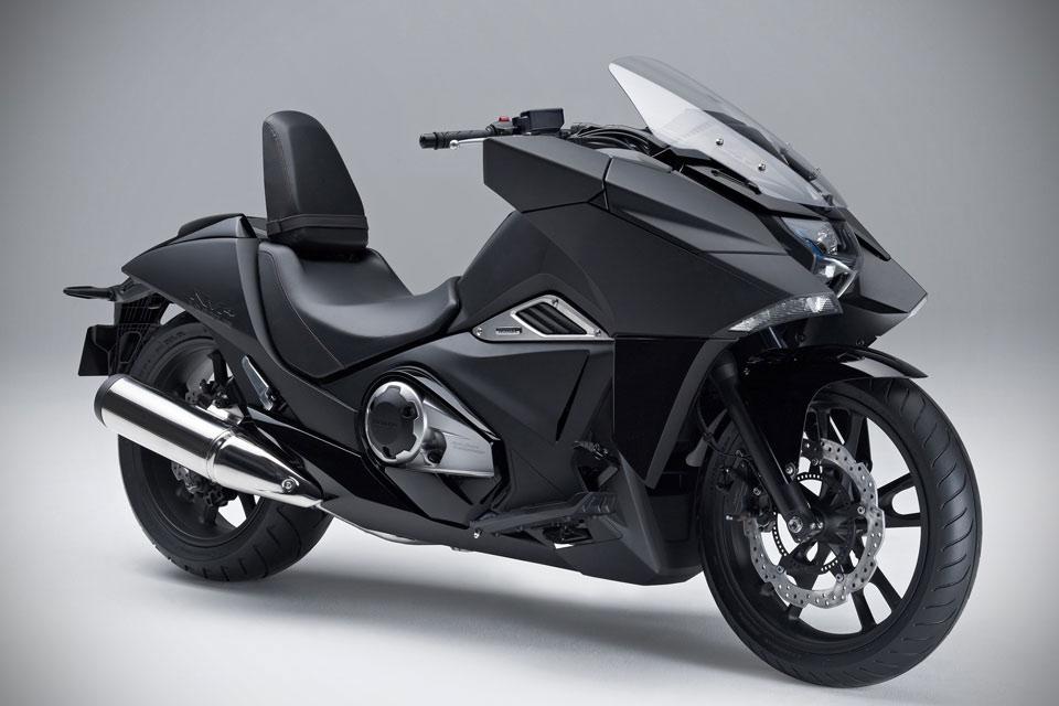 01-Honda-NM4-Vultus