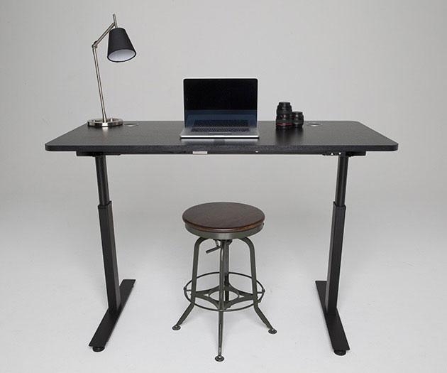 02-Stand-Desk