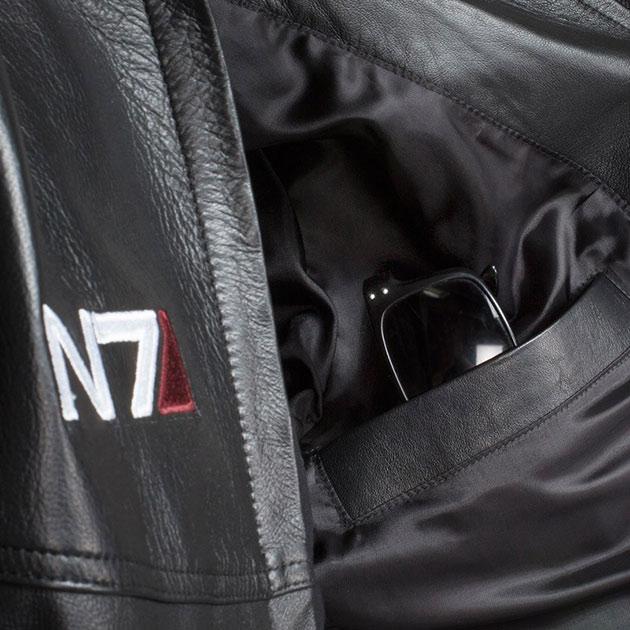 04-Mass-Effect-N7