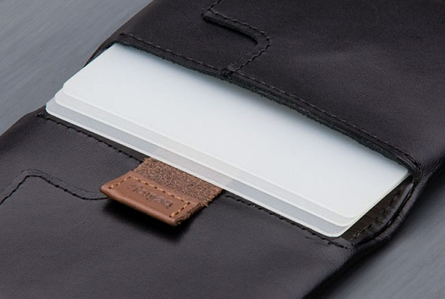 05-Bellroy-Slim-Sleeve
