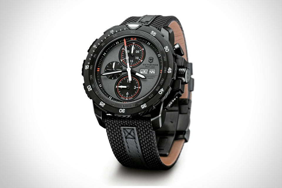 Alpnach Black Ice Chronograph от Victorinox Swiss Army