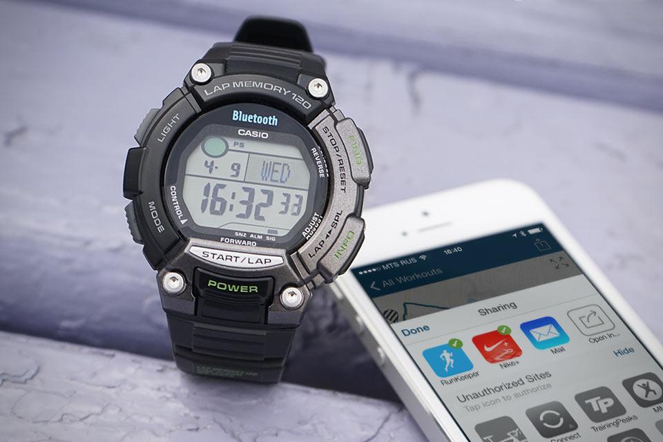 Спортивные смарт-часы Casio STB-1000