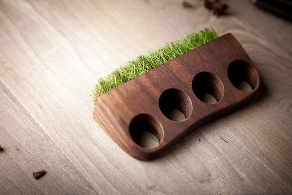 Кастет Grass Knuckles из дерева и травы