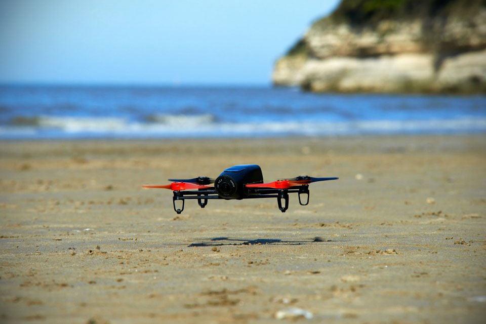Квадрокоптер Parrot Bepod Drone с крутой камерой и поддержкой Oculus Rift