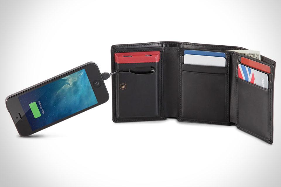 Кошелек Smartphone Charging Wallet со встроенным аккумулятором