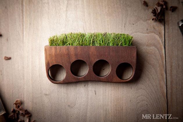 02-Grass-Knuckles