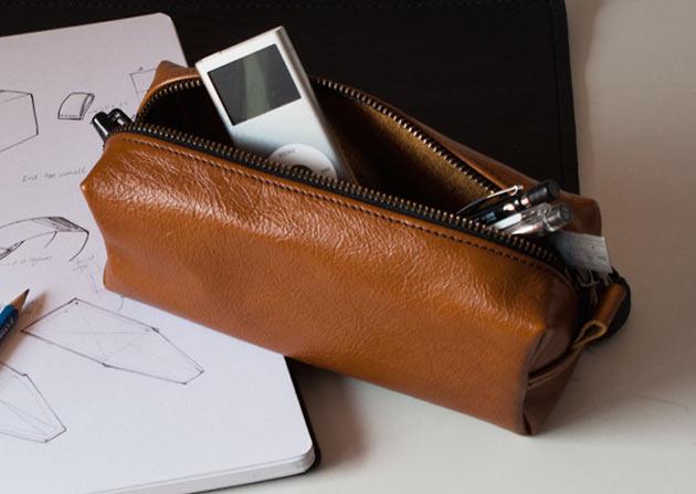 02-Mahogany-Pencil-Case