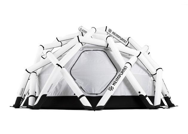 02-Mavericks-Tent
