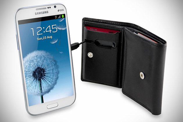 02-Smartphone-Charging-Wallet